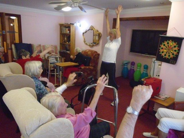 Shelley getting those arms high at Dorrington House Wells!