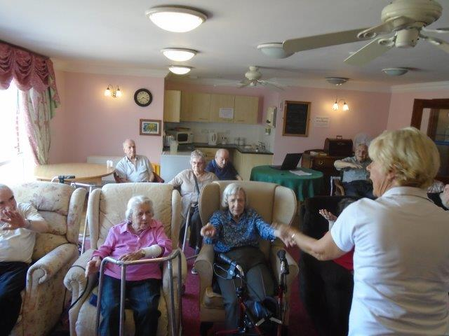 Shelley and her extend exercise at Dorrington House Wells!
