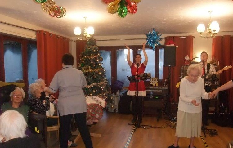 Dorrington House Dereham's residents & relatives christmas party! With live entertainment!